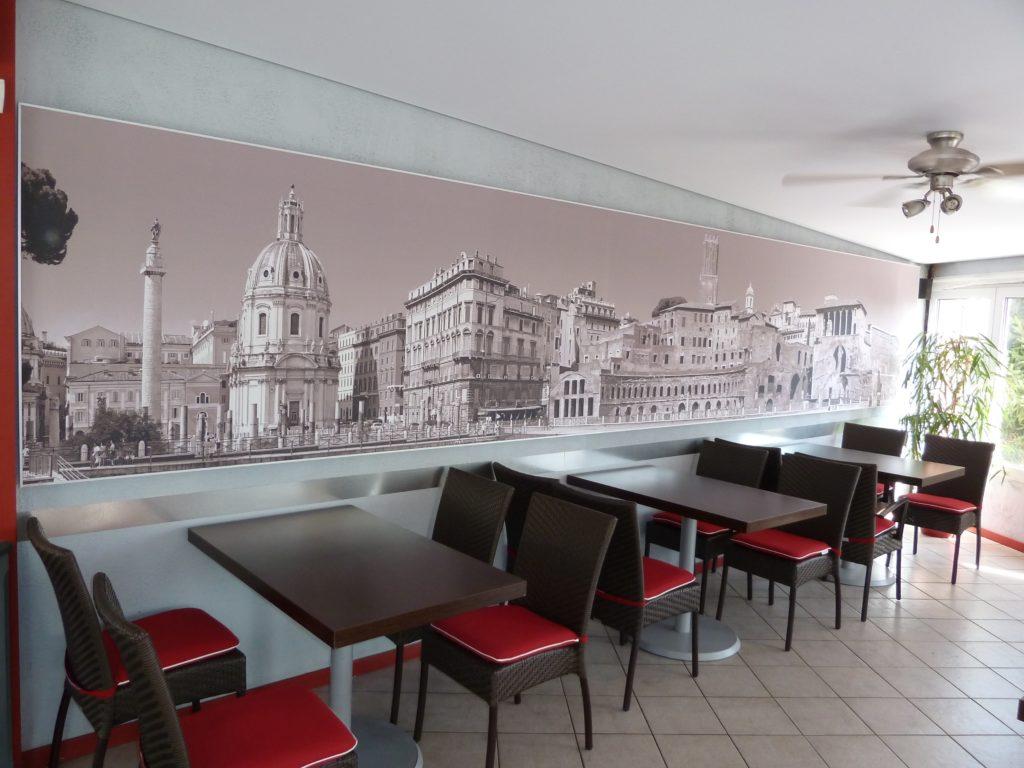 photo d'un cadre acoustique mural avec une vue d'une place italienne