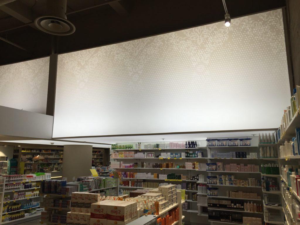 photo de système rétroéclairé imprimé avec des des visuels imprimés effet lustre baroque