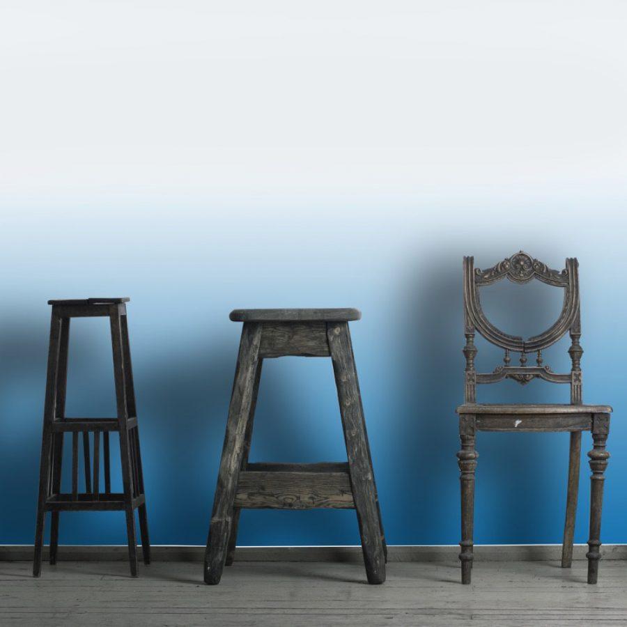 photo d'un mur imprimé avec un dégradé de bleu